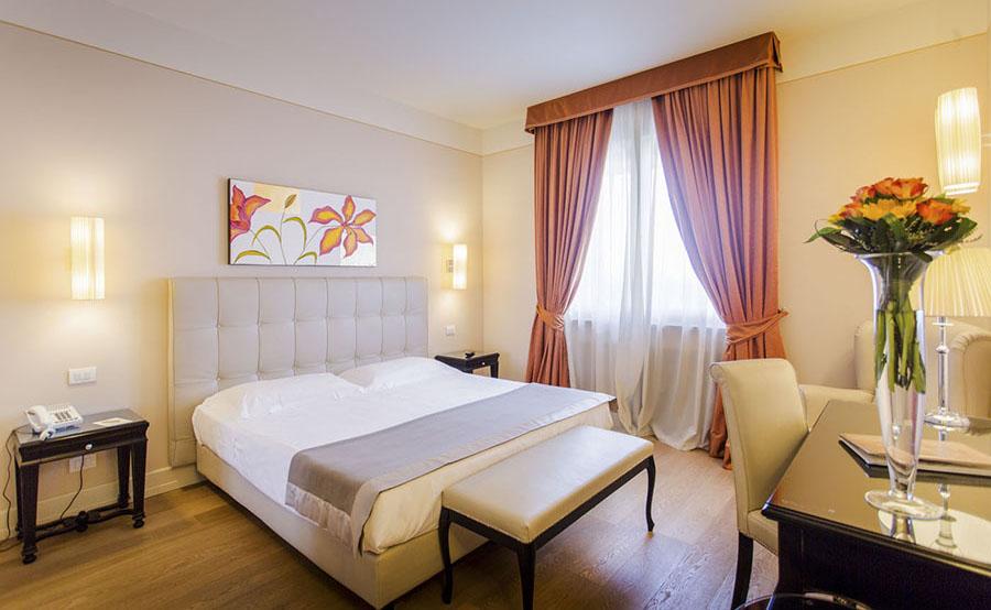 colledivaldelsa hotel palazzo san lorenzo pacchetti benessere toscana camera
