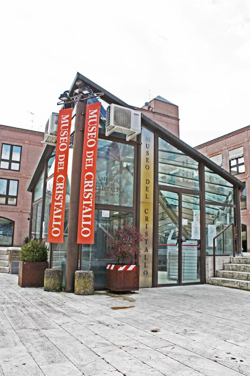 Pro loco colle val d 39 elsa museo del cristallo for Gr2 arredamenti colle val d elsa